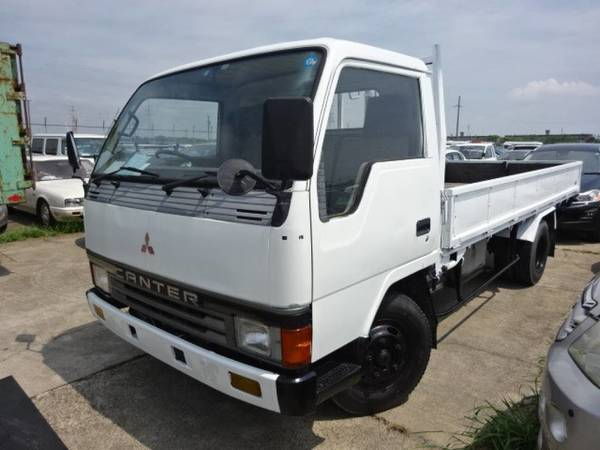 1990 Mitsubishi Canter FE435E