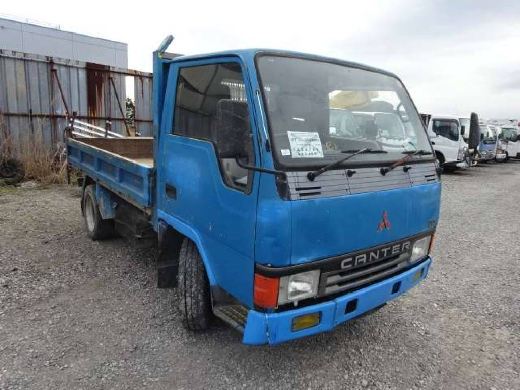 Mitsubishi Canter 1992 from Japan