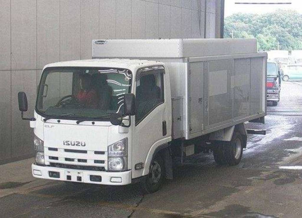 Used Isuzu Cars for Sale | 28 on Stock | Carused jp