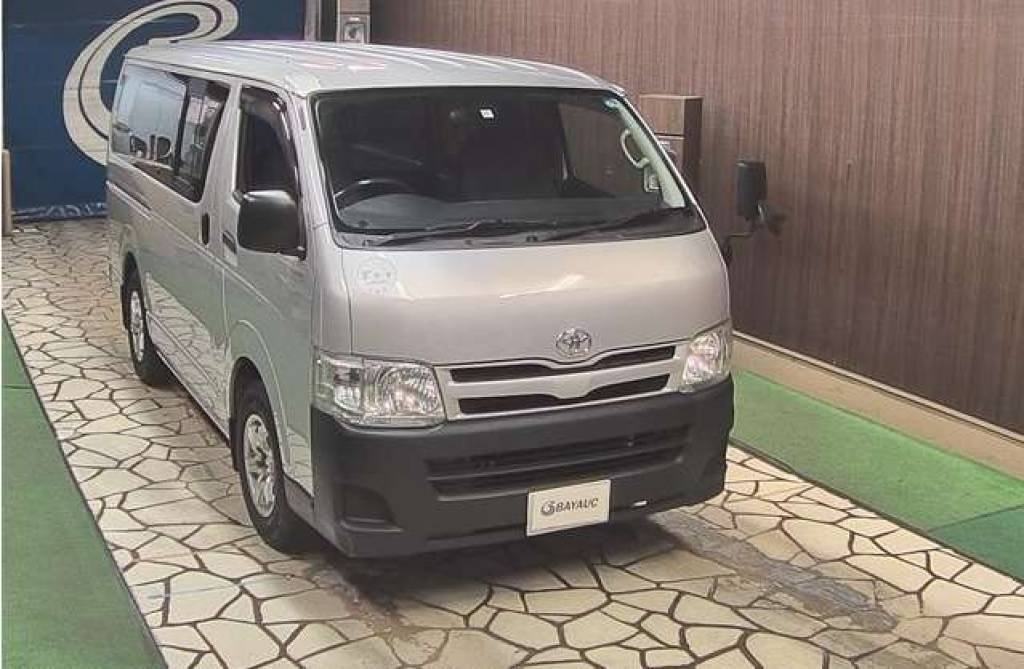 Toyota Hiace Van 2010 from Japan