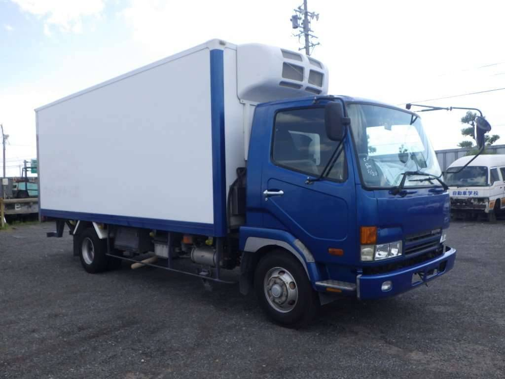 Mitsubishi Fuso Fighter 2002 from Japan