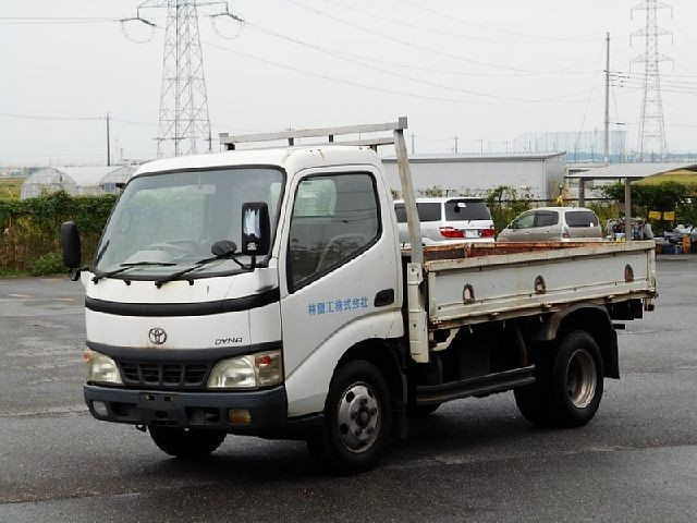 Toyota Dyna Truck 2003 from Japan