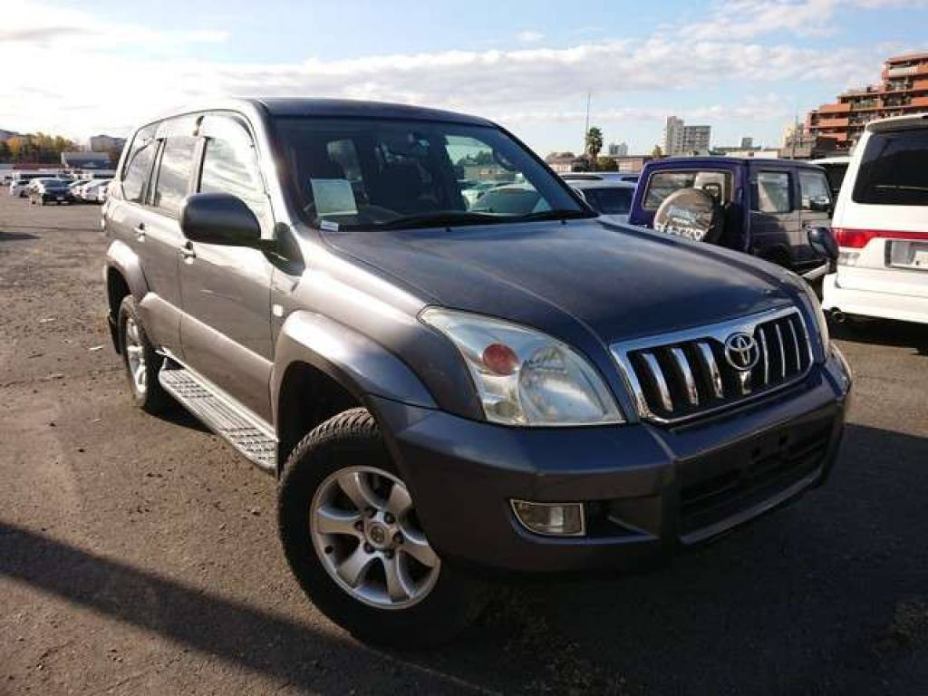 Toyota Land Cruiser Prado 2004 from Japan
